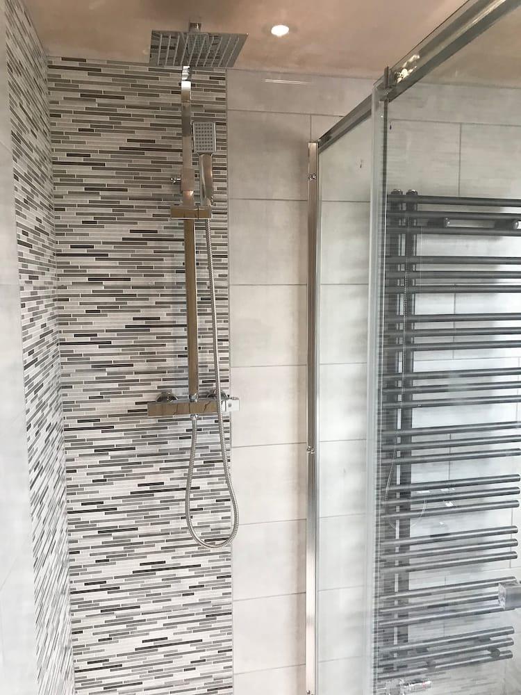 Premier Bathrooms Yorkshire Recent Work 14
